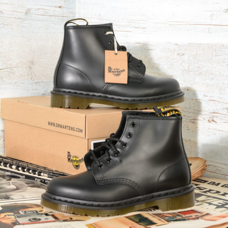 101 DrMartens 10064001 Black Smooth