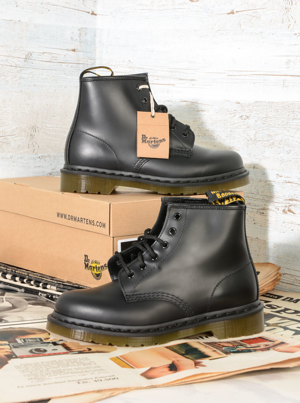 101 DrMartens 10064001 Black Smooth (4)