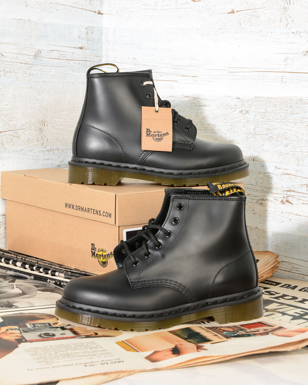1fdfca80f39 101 6 Eye Black Smooth Dr Martens Woman Boots