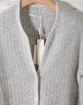 maglia-CARDIGAN-in-cachemire-4-fili-hubert-gasser-made-in-italy