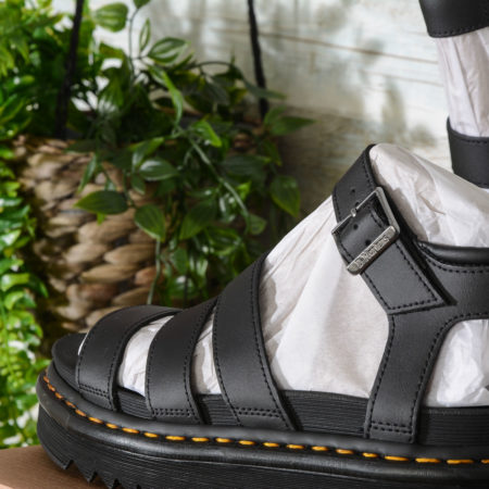 SANDALI donna in PELLE BLAIRE Dr Martens colore nero BLACK HYDRO LEATHER